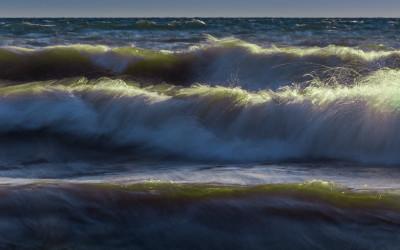 Hamilton Waves