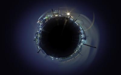 Spinning Hammer Planet 1
